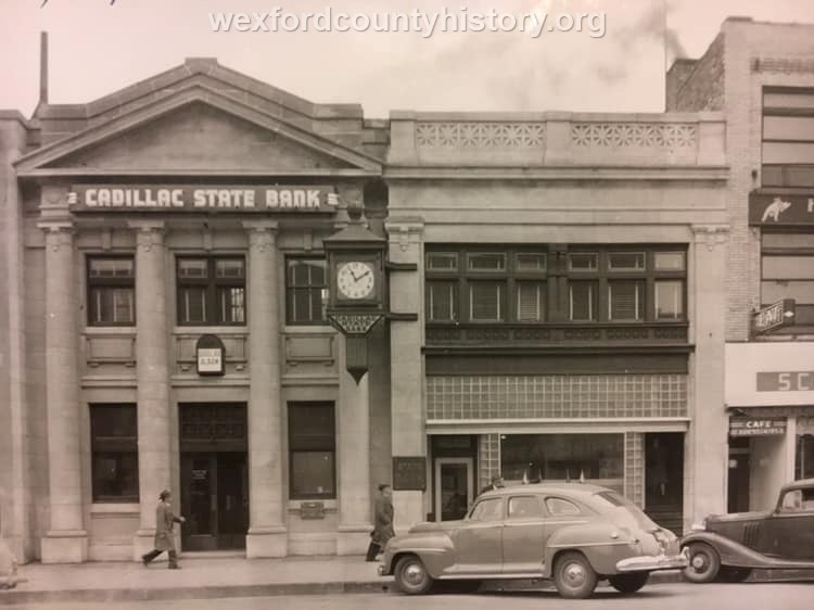 Cadillac-Business-Cadillac-State-Bank-124-S-Mitchell-Street-1
