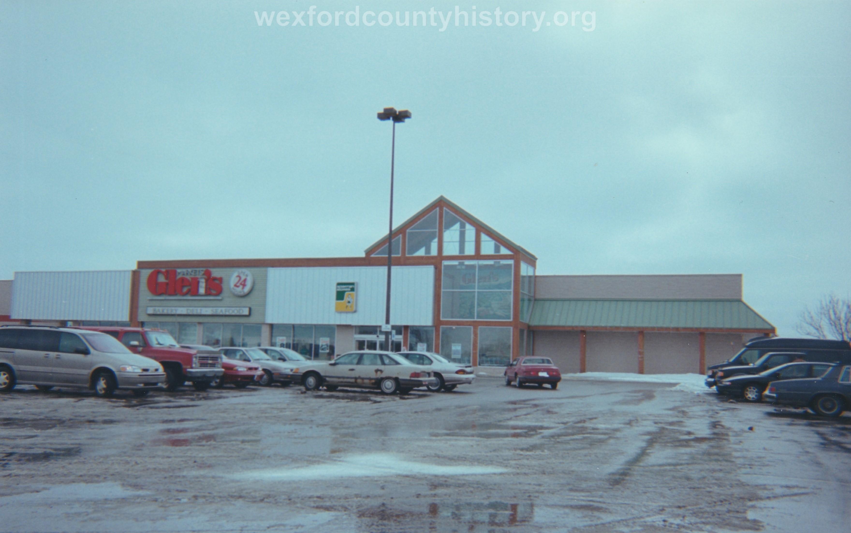 Glen's Supermarket