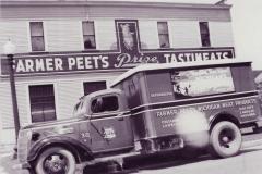 Farmer Peets