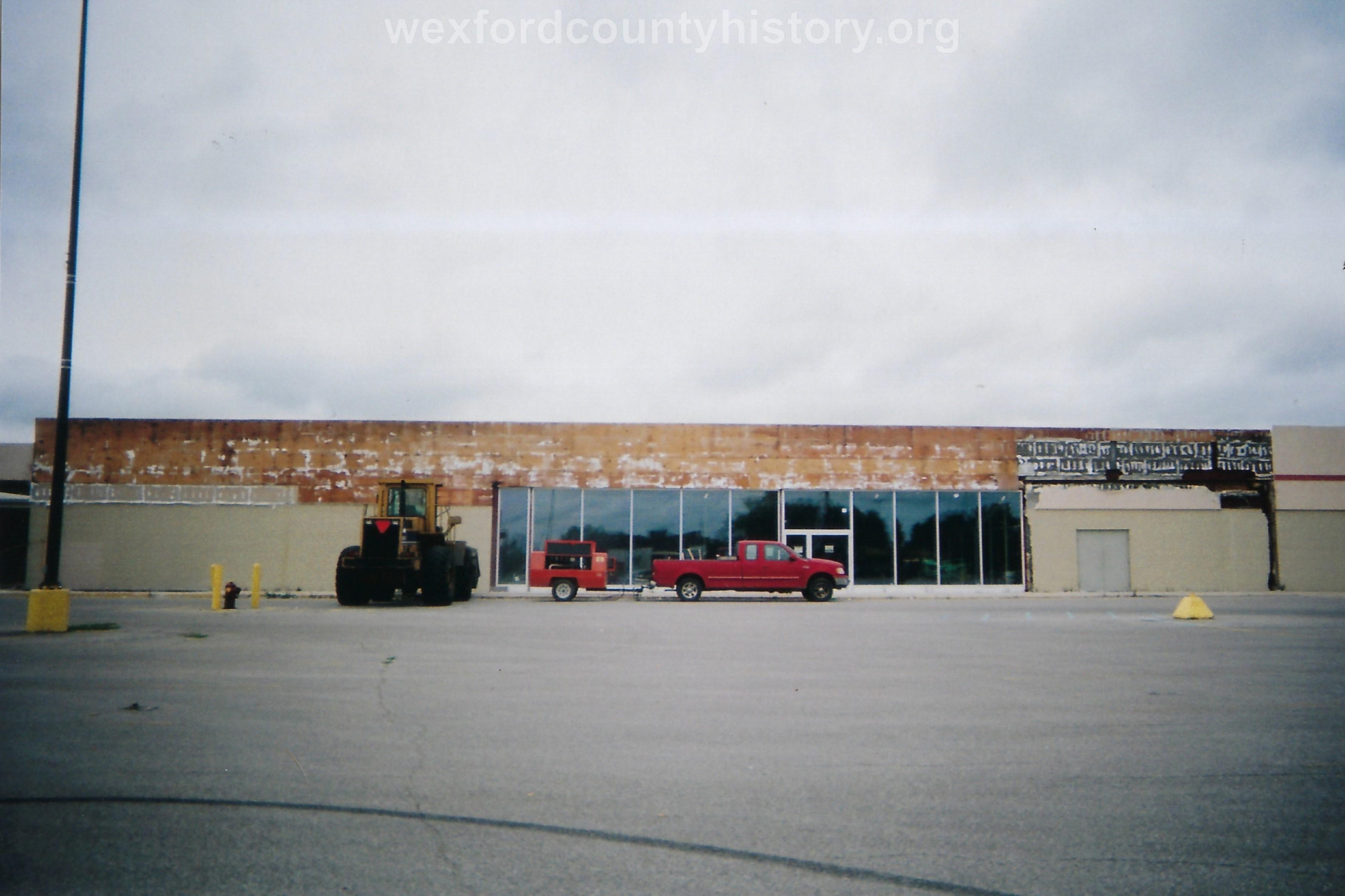 K - Mart Building Becoming Fox Motor Sales