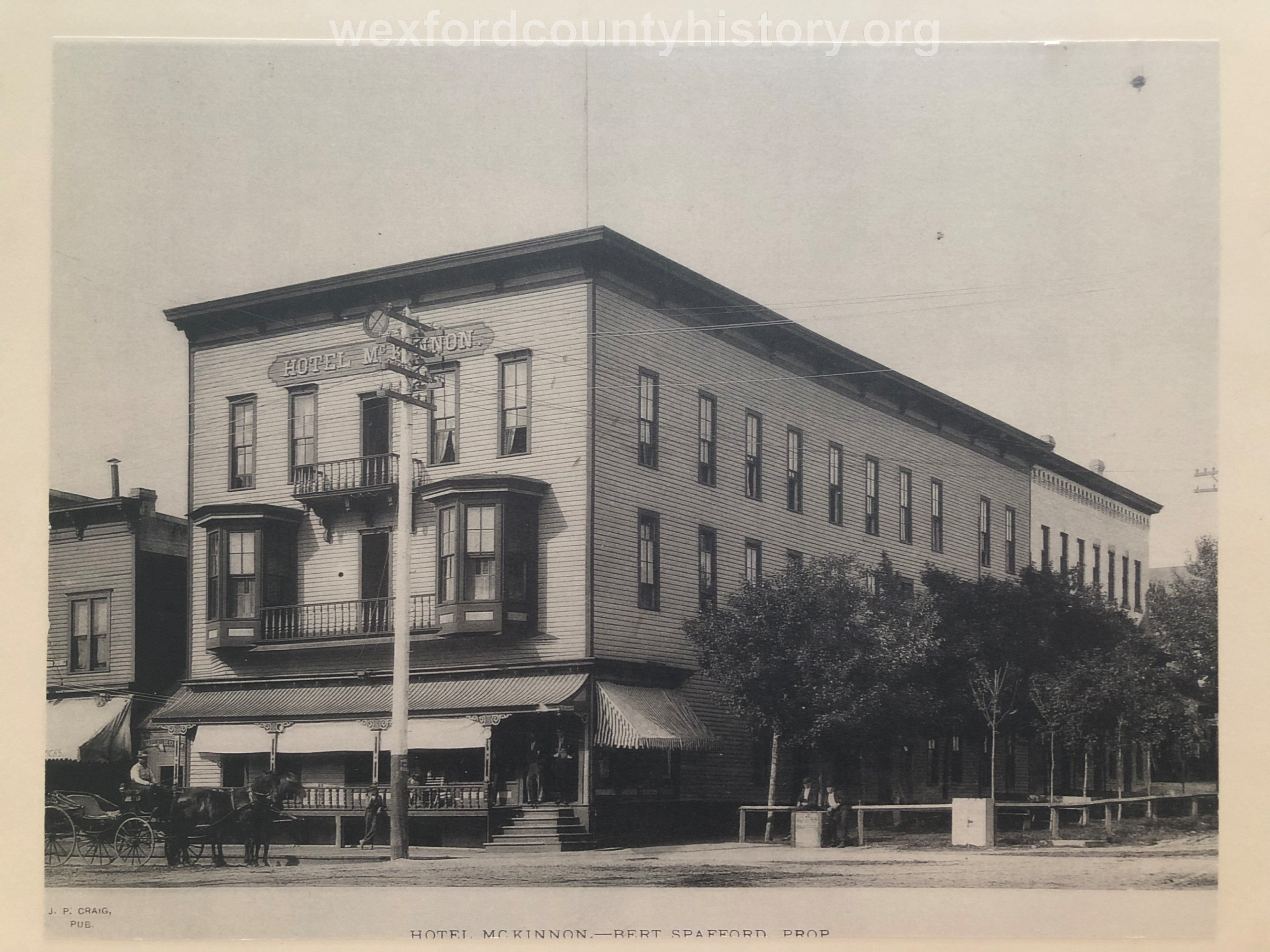 McKinnon Hotel