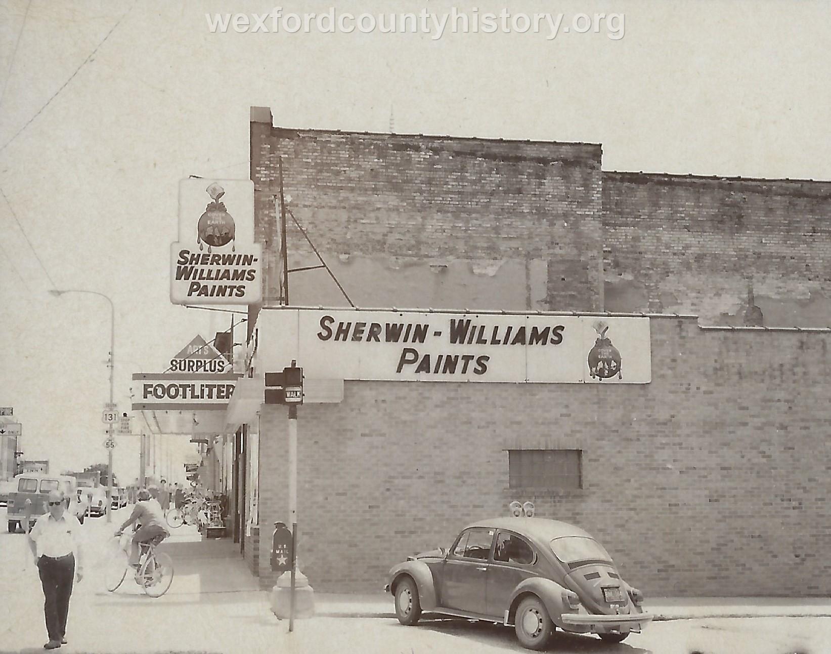 Sherman Williams, Footliters