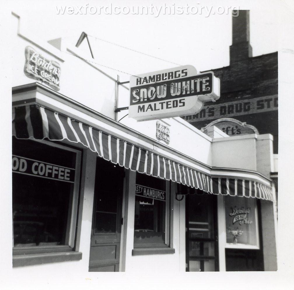 Snow White Restaurant