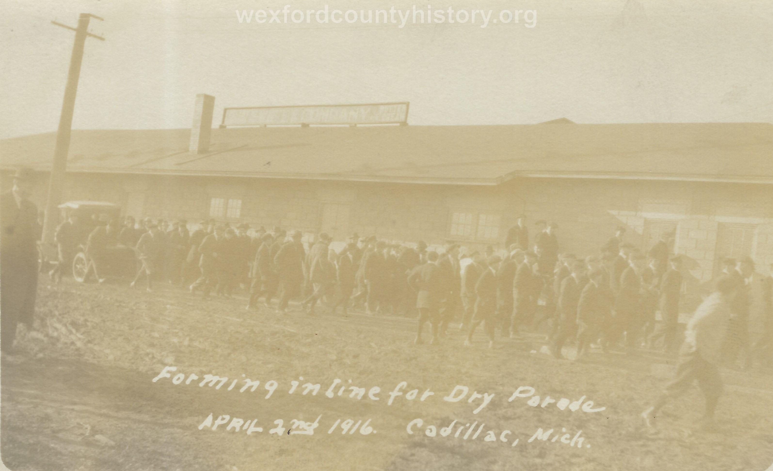 Cadillac-Parade-1916.04.02-Dry-Parade