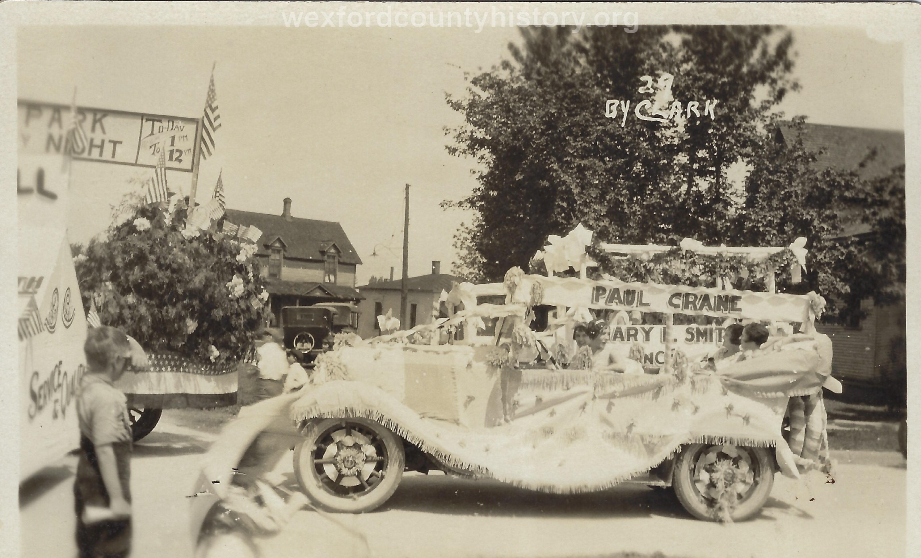 Cadillac-Parade-1918-11-14-Peace-Parade-23
