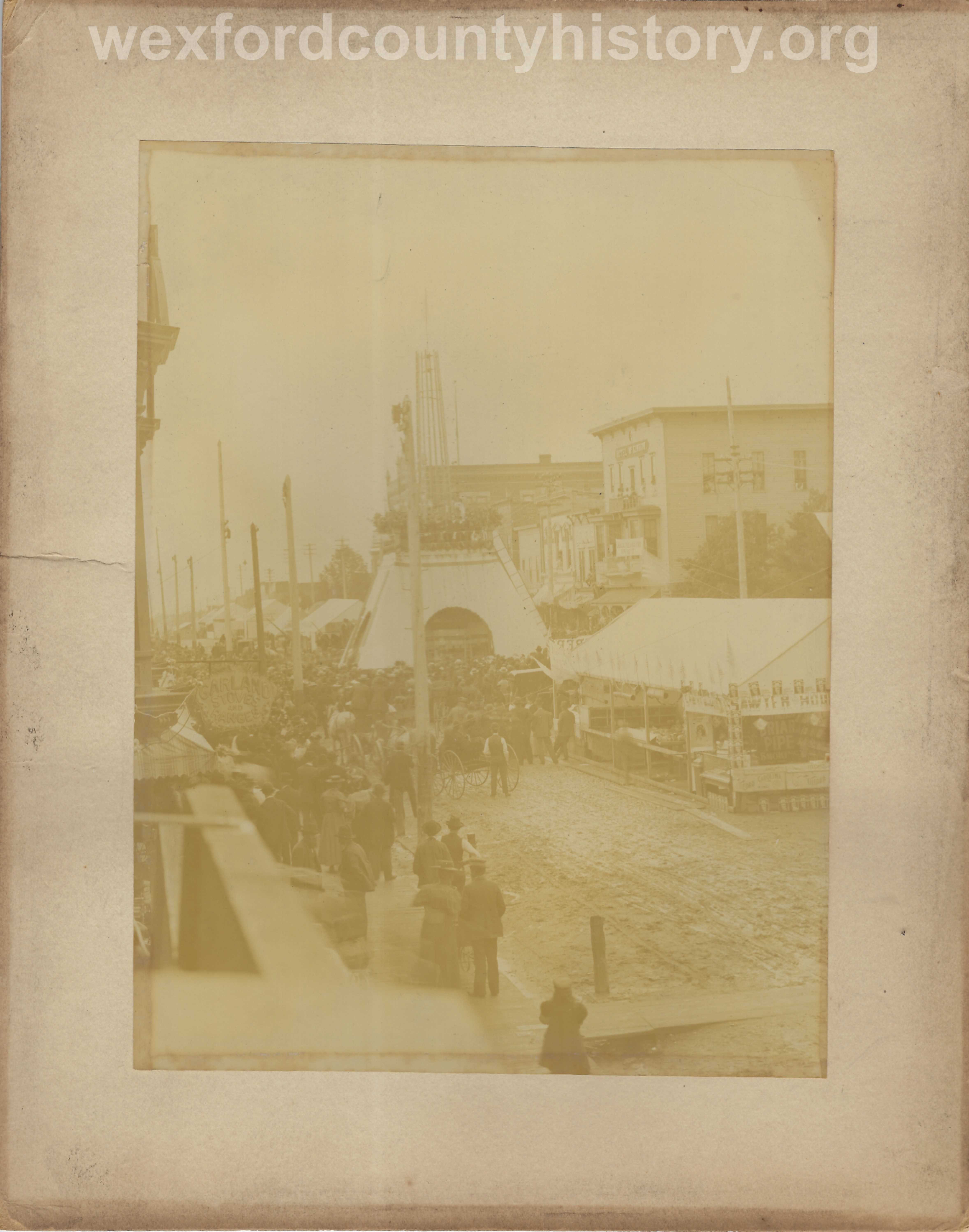 Cadillac-Parade-Free-Fair-on-the-corner-of-Harris-and-Mitchell-1897-09-15-4