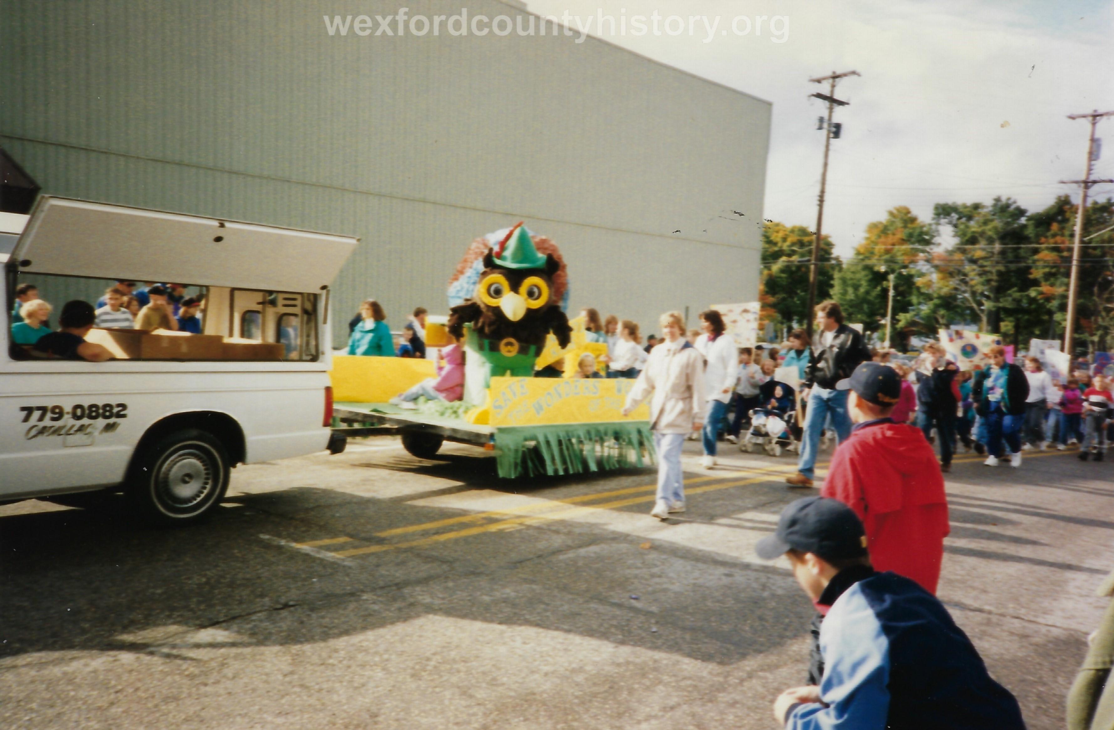 Cadillac-Parade-Unknown-5