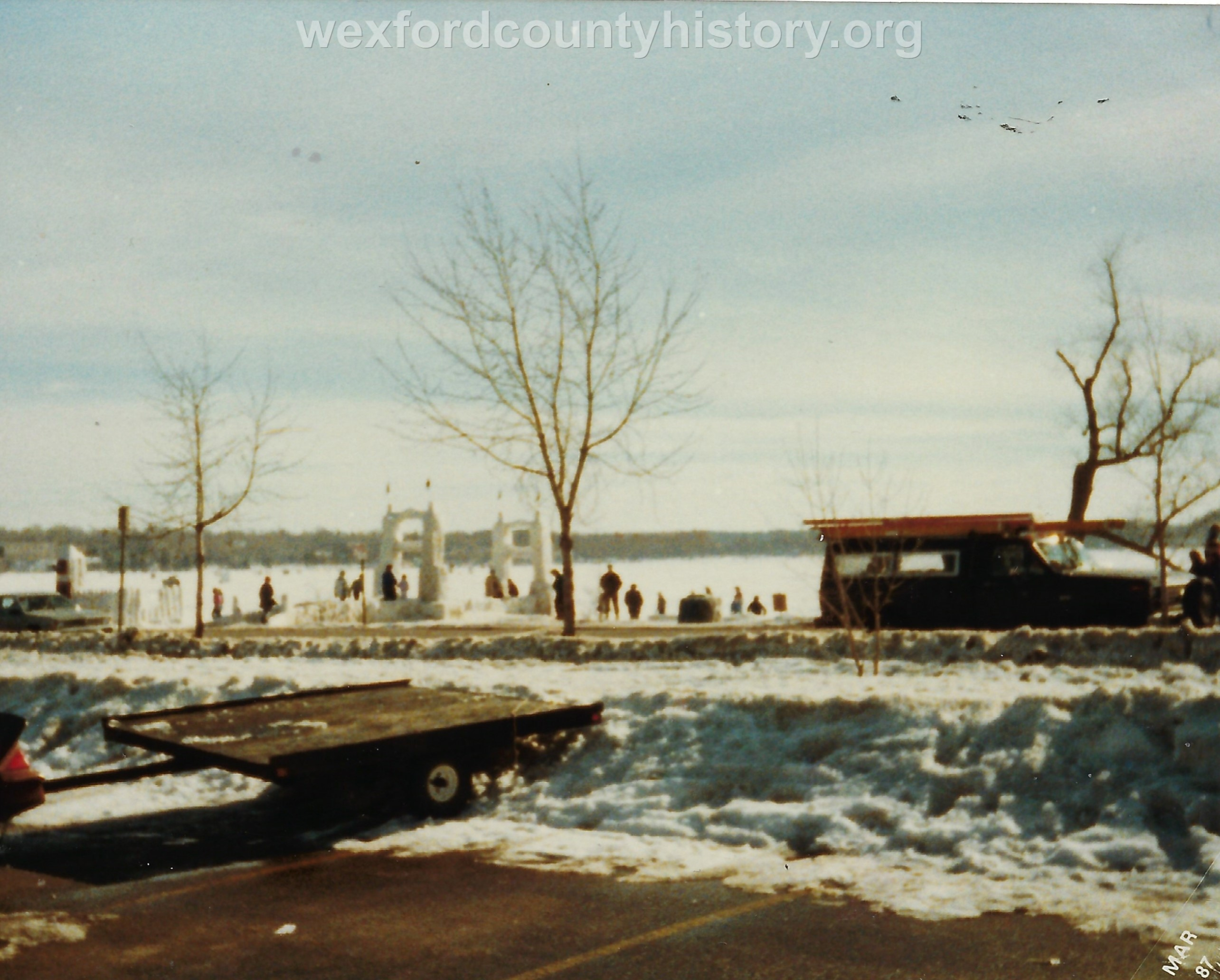 Cadillac-Recreation-Ice-Sculptures-On-Lake-Cadillac-For-Snowmobile-Festival-12