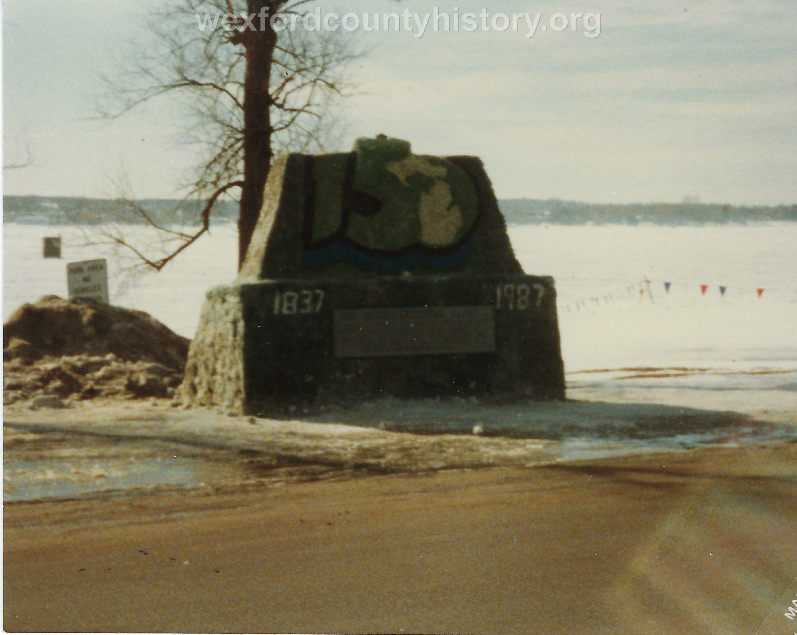 Cadillac-Recreation-Ice-Sculptures-On-Lake-Cadillac-For-Snowmobile-Festival-13