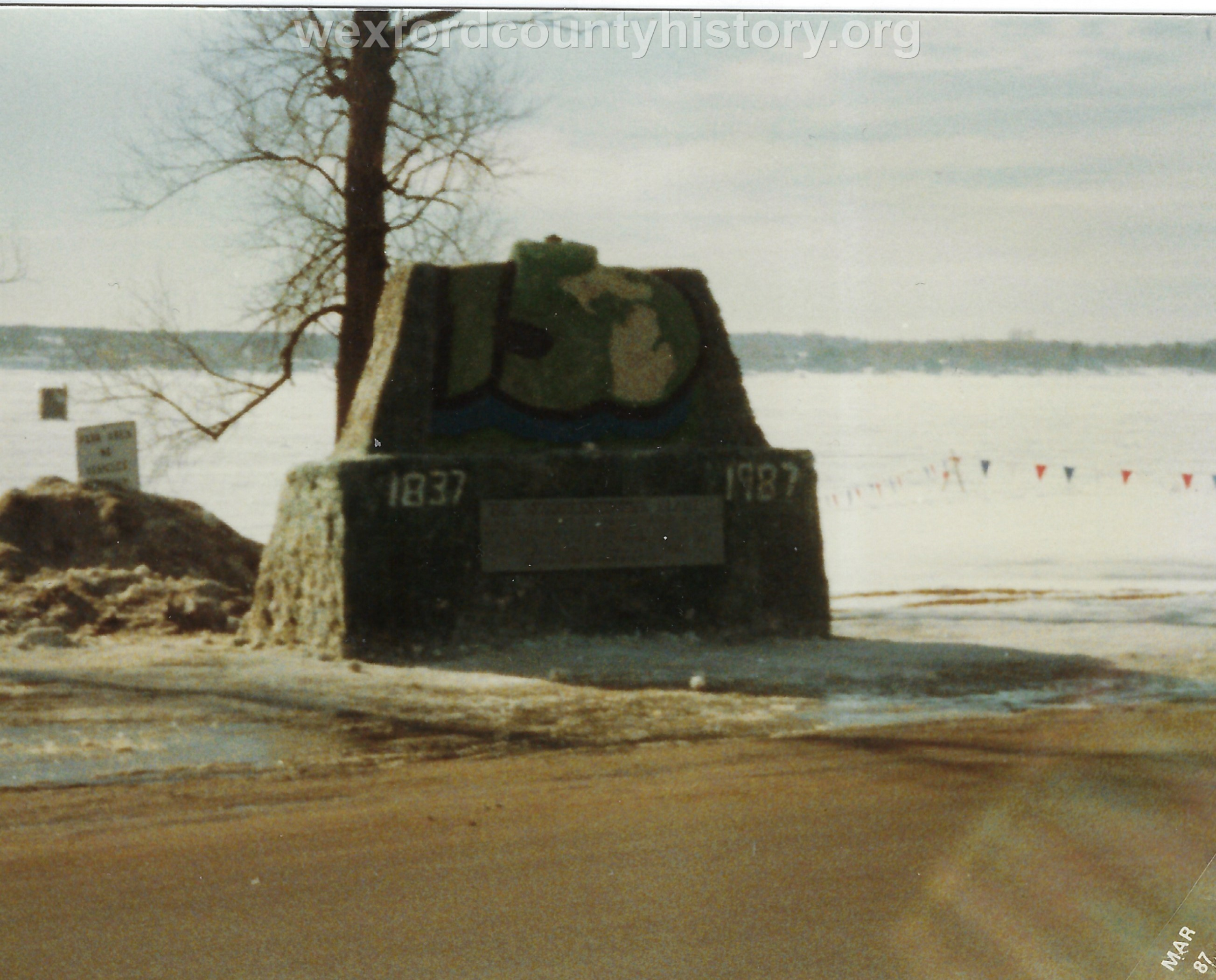 Cadillac-Recreation-Ice-Sculptures-On-Lake-Cadillac-For-Snowmobile-Festival-14
