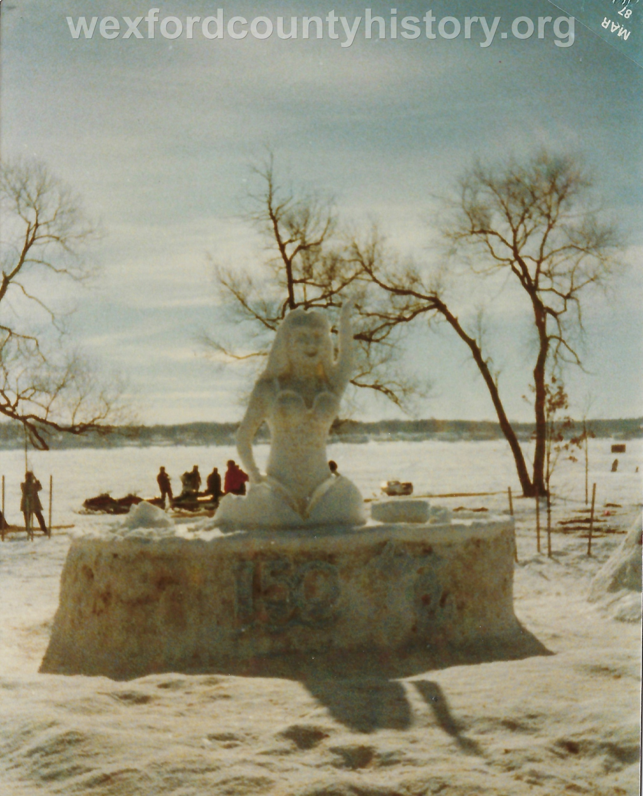 Cadillac-Recreation-Ice-Sculptures-On-Lake-Cadillac-For-Snowmobile-Festival-8