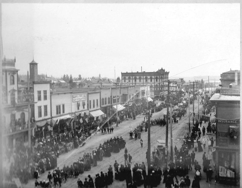 Parade on Mitchell Street