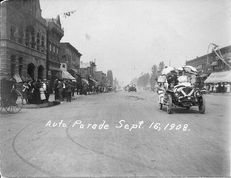 Mitchell Street Auto Parade, 1908
