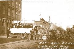 Cadillac-Parade-1918-11-14-Peace-Parade-12