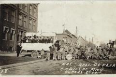 Cadillac-Parade-1918-11-14-Peace-Parade-16