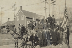 Cadillac-Parade-1918.11.14-Peace-Parade-Cobbs-And-Mitchell-Mill-Number-One-Float