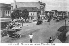 Holmquist Coll. Acme Truck Parade