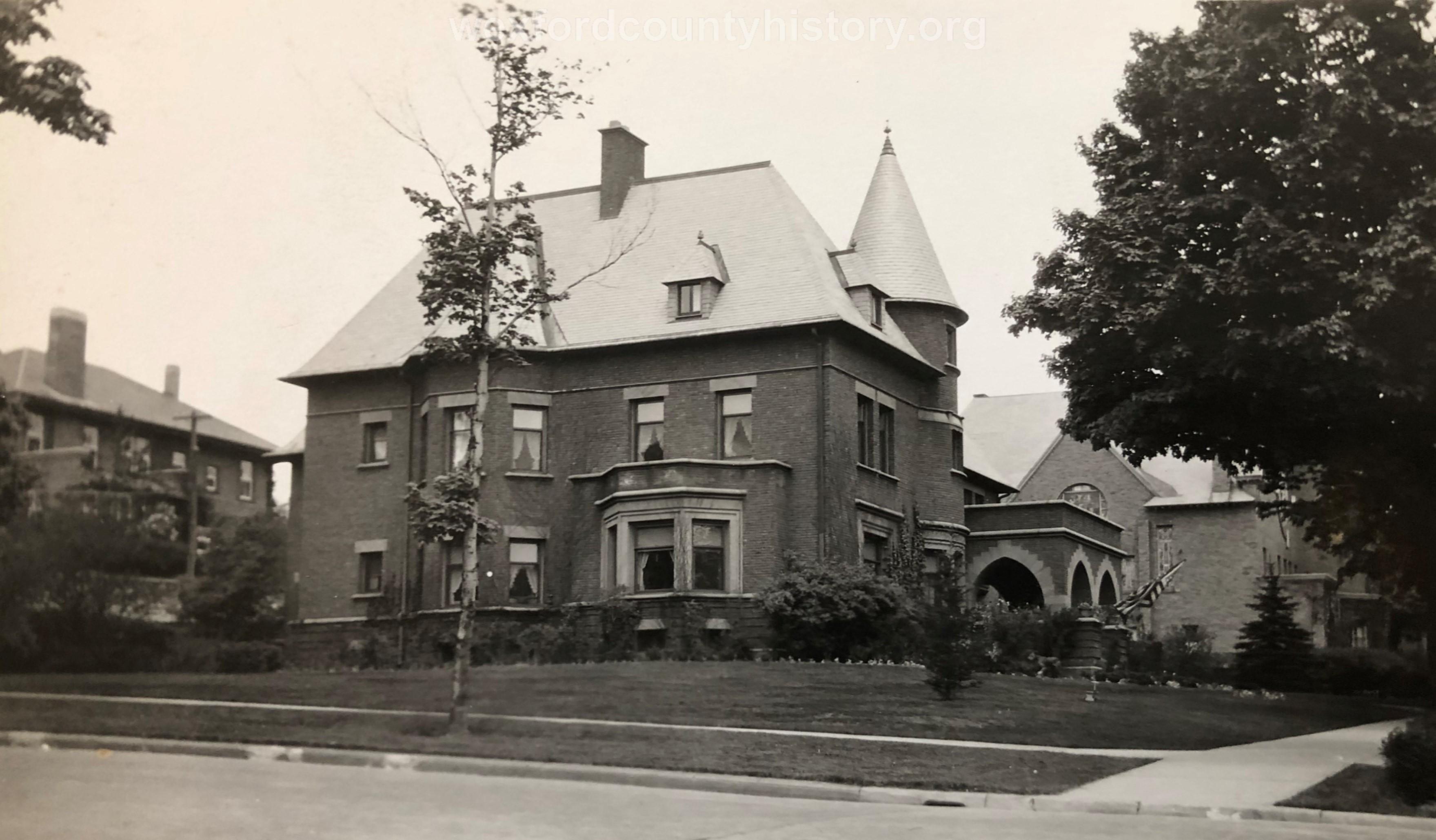 Delos Diggins House