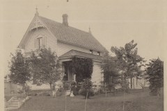 H. C. Auer House - 314 East Chapin