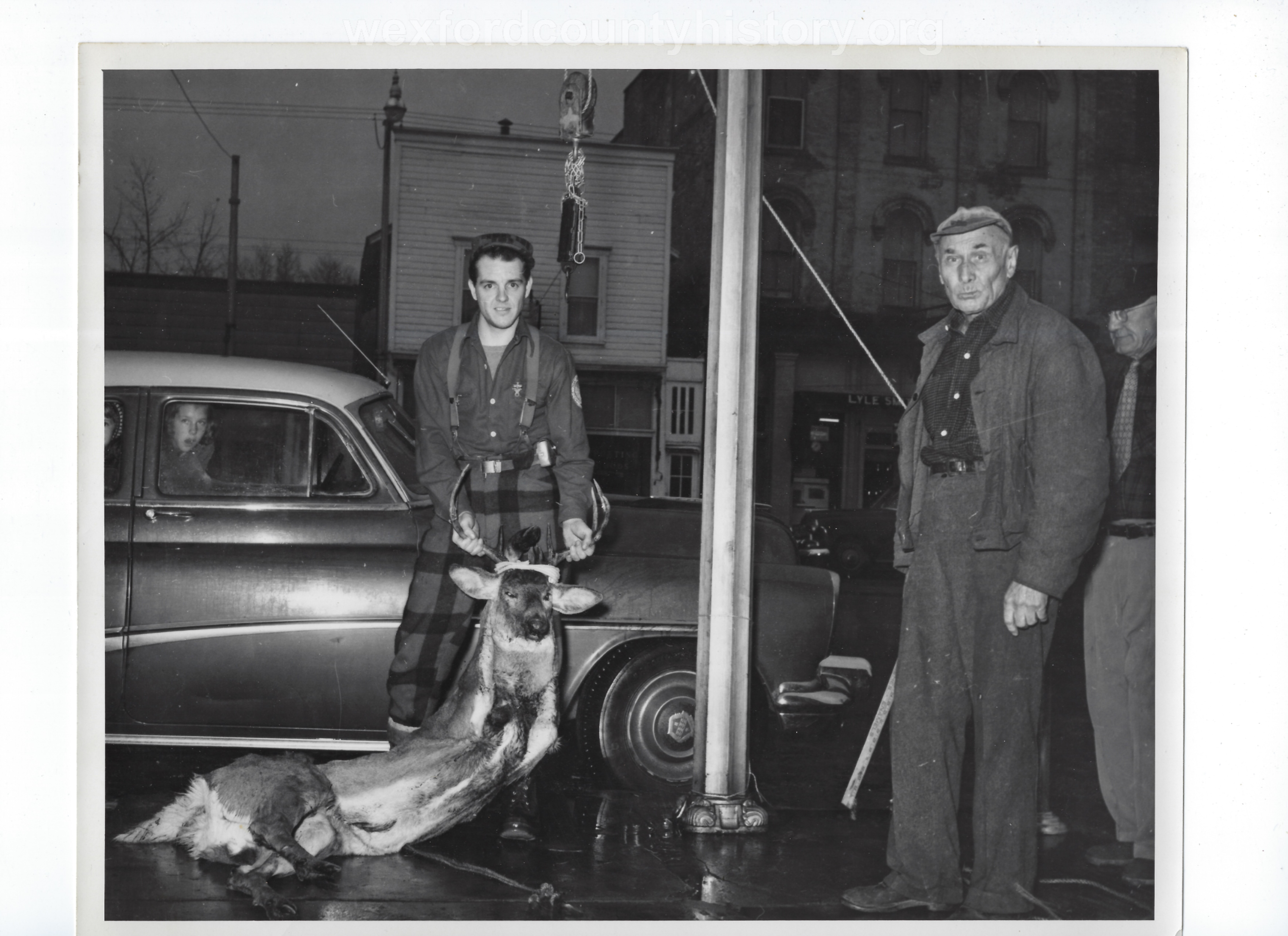 Cadillac-Hunting-And-Fishing-Unknown-3