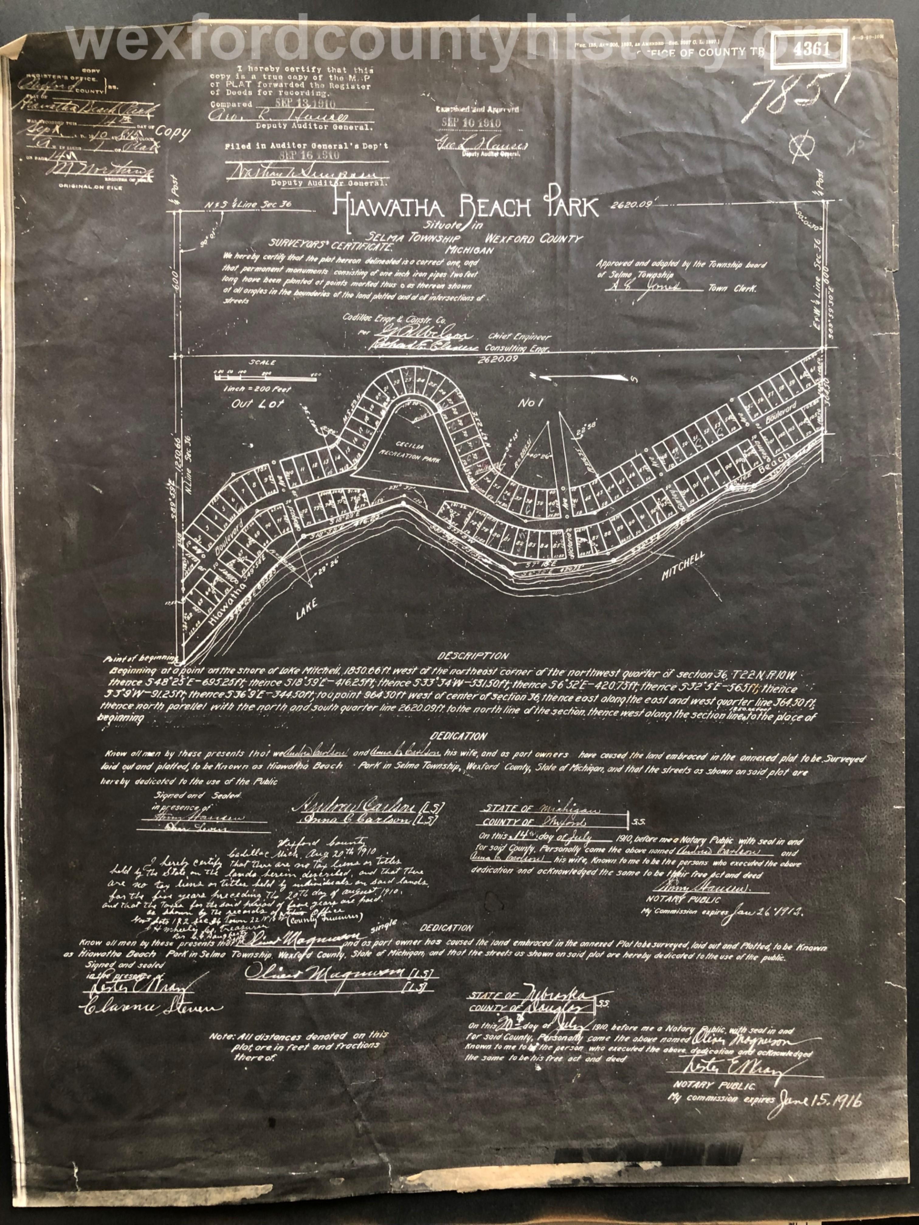 1910 - Hiawatha Beach Park
