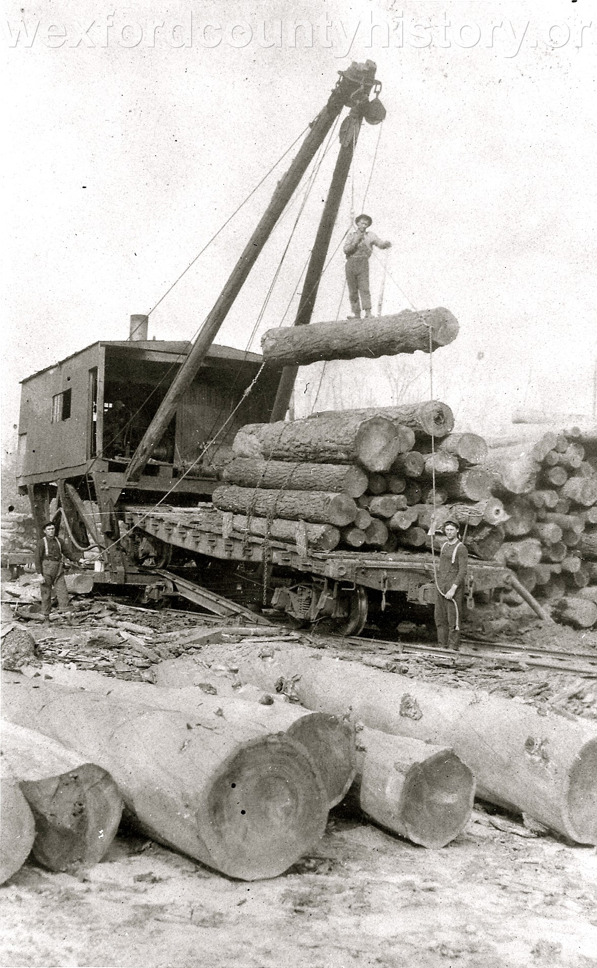 Loading Logs in Missaukee County