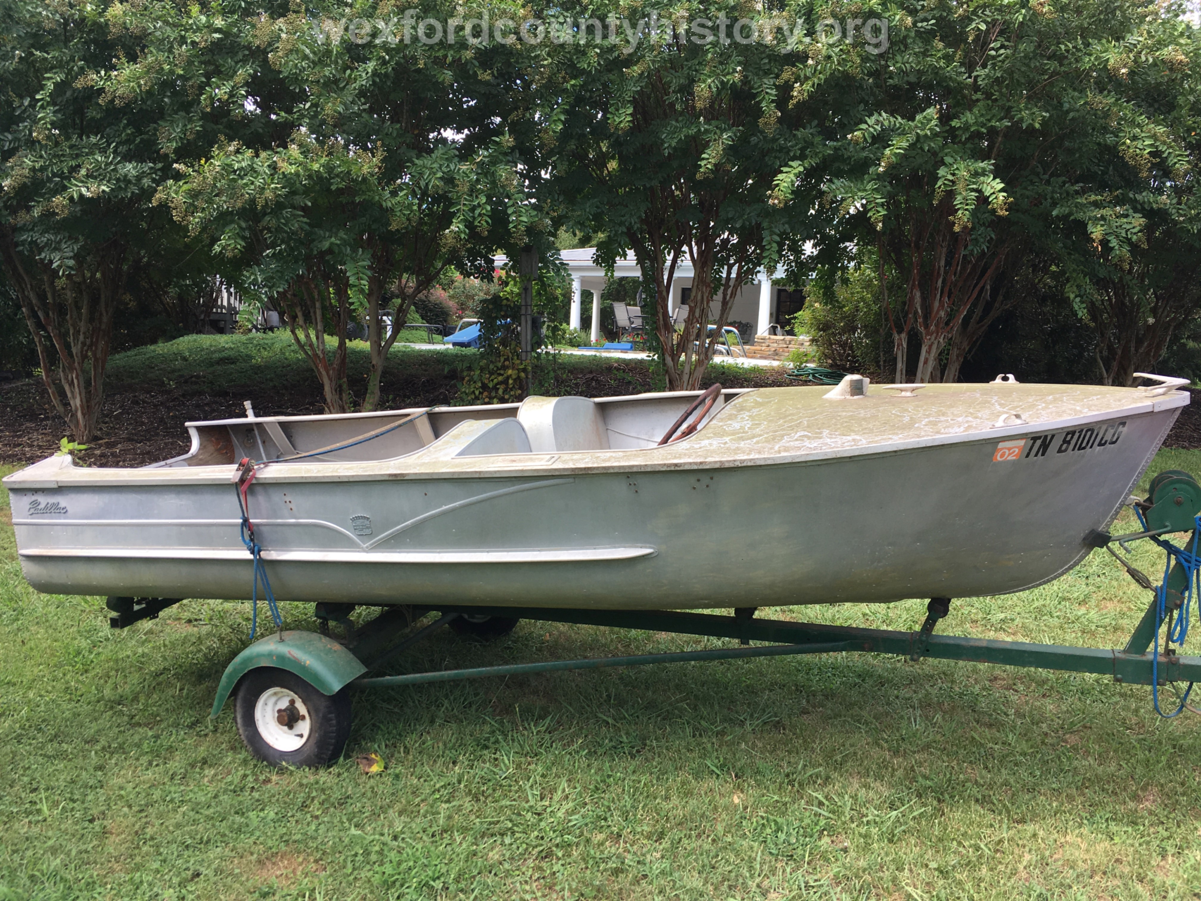 Cadillac-Objects-Cadillac-Marine-And-Boat-Company-Custom-Made-Boat-owned-by-Dave-Sakich-2