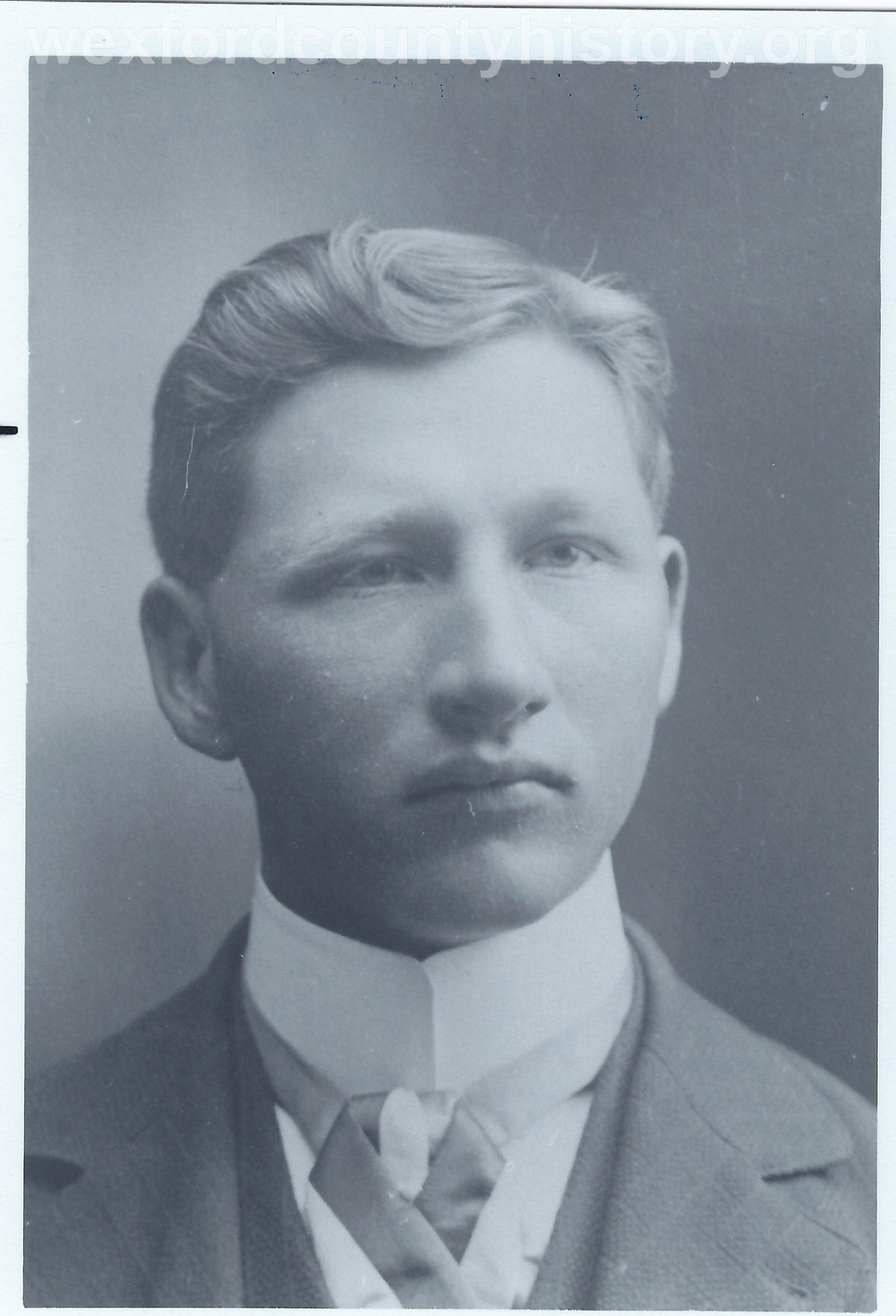 William Eggly