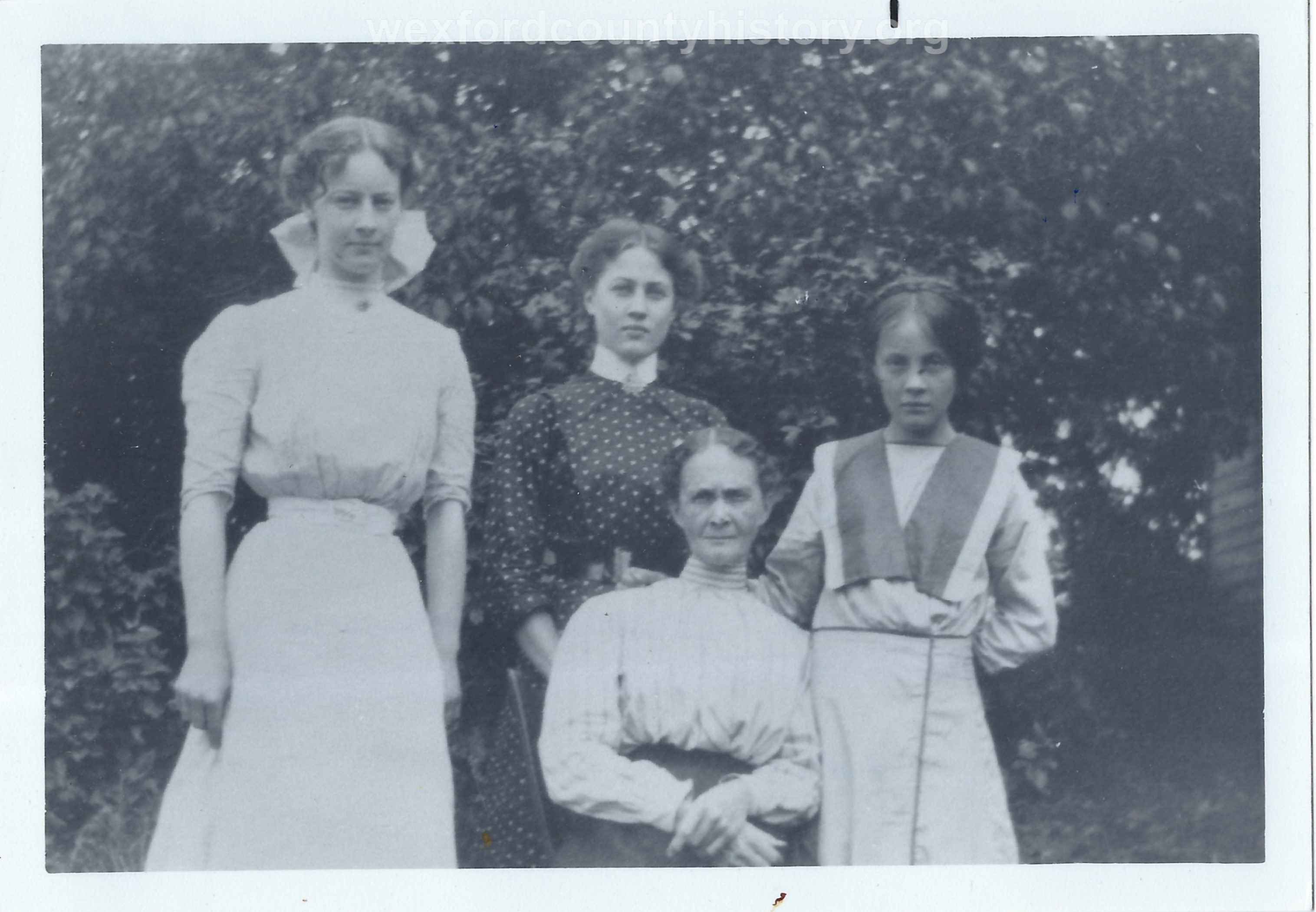 Grace, Laura, Beatrice and Mildred Hood