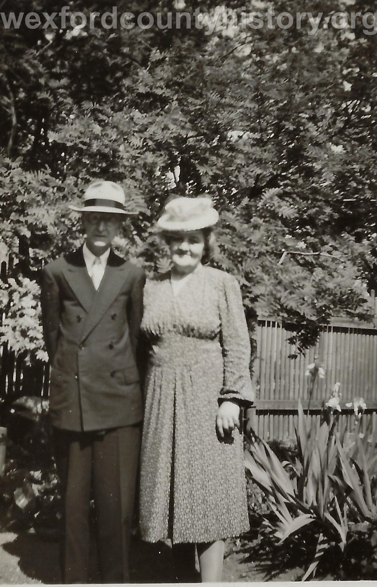 Anna Forsum And Carlitus Berg