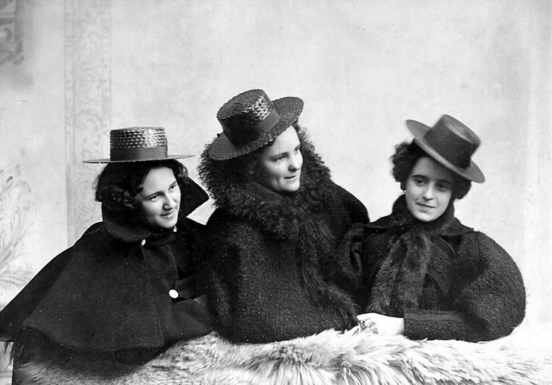 Ladies and their Hats
