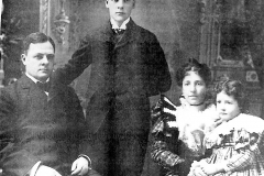 Cadillac-People-Mitchell-William-W.-Family-1