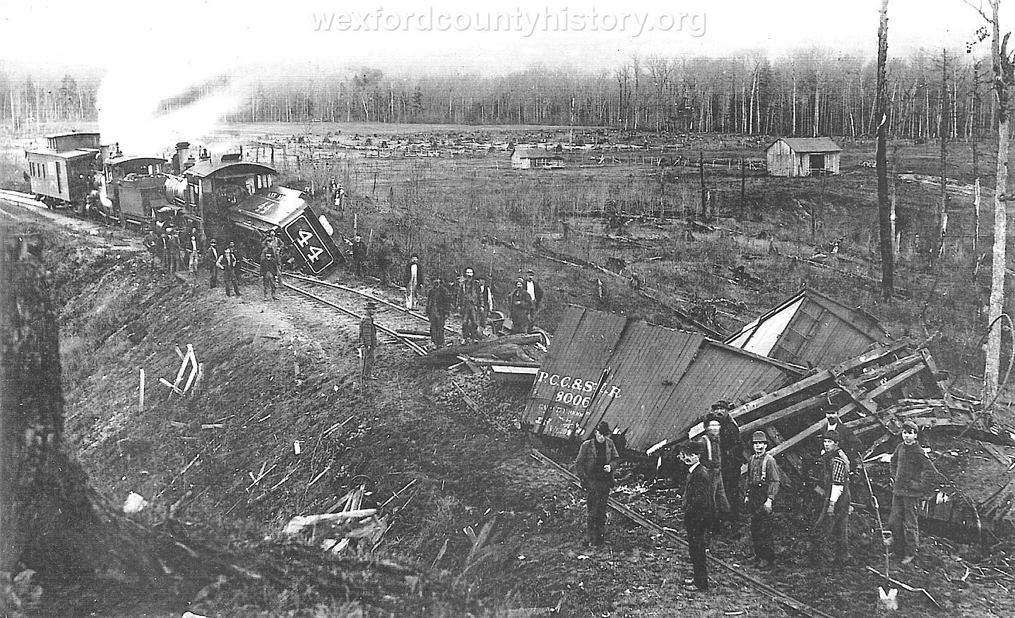 Cadillac-Railroad-Ann-Arbor-Train-Wreck-1899-DS2ts7219
