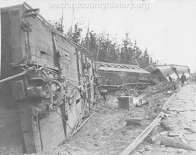 Cadillac-Railroad-Ann-Arbor-Train-Wreck-1902-2