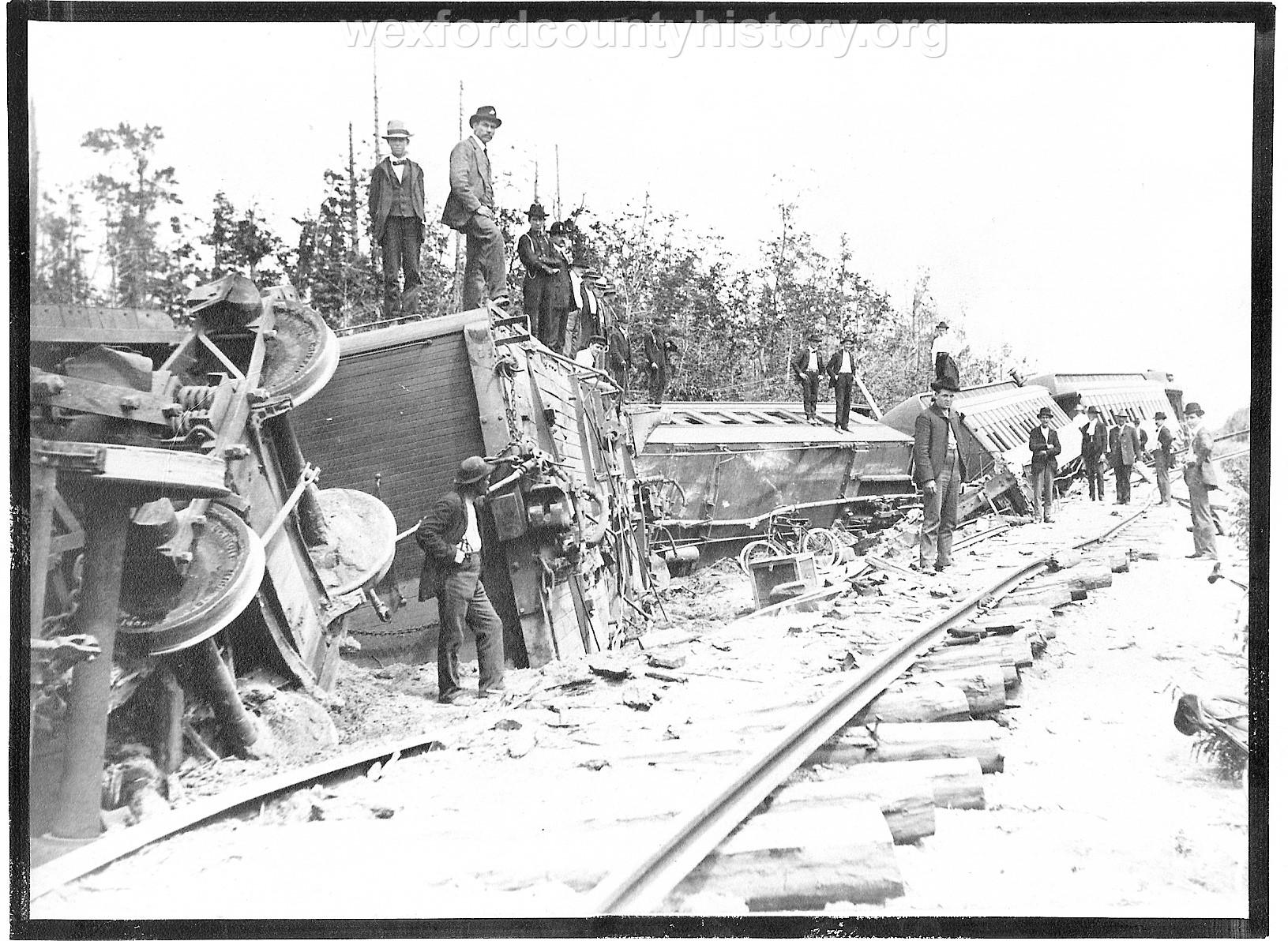 Cadillac-Railroad-Ann-Arbor-Train-Wreck-1902-6