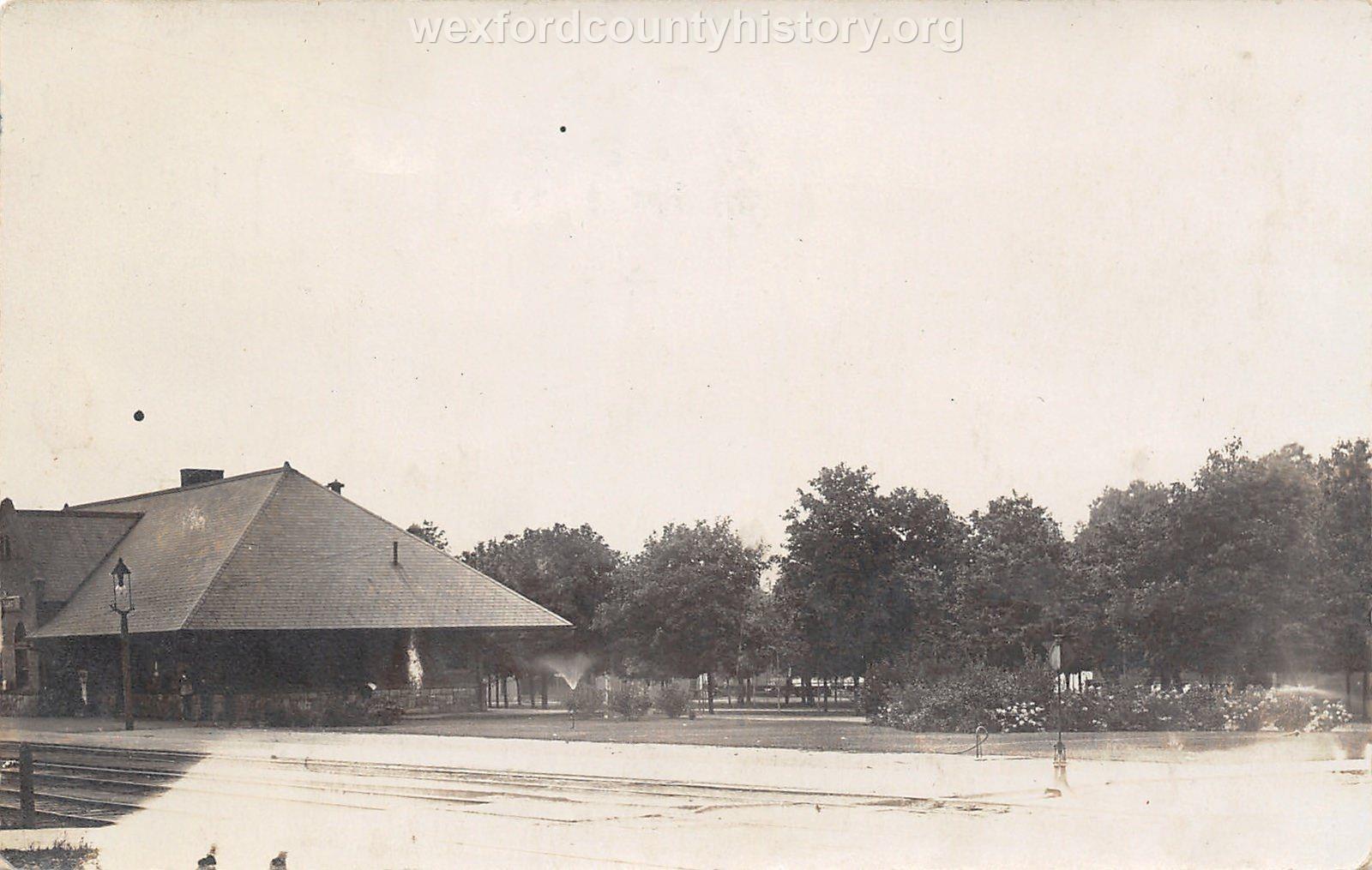 Cadillac-Railroad-Grand-Rapids-And-Indiana-Railroad-Depot-Pennsylvania-Railroad-Depot-37