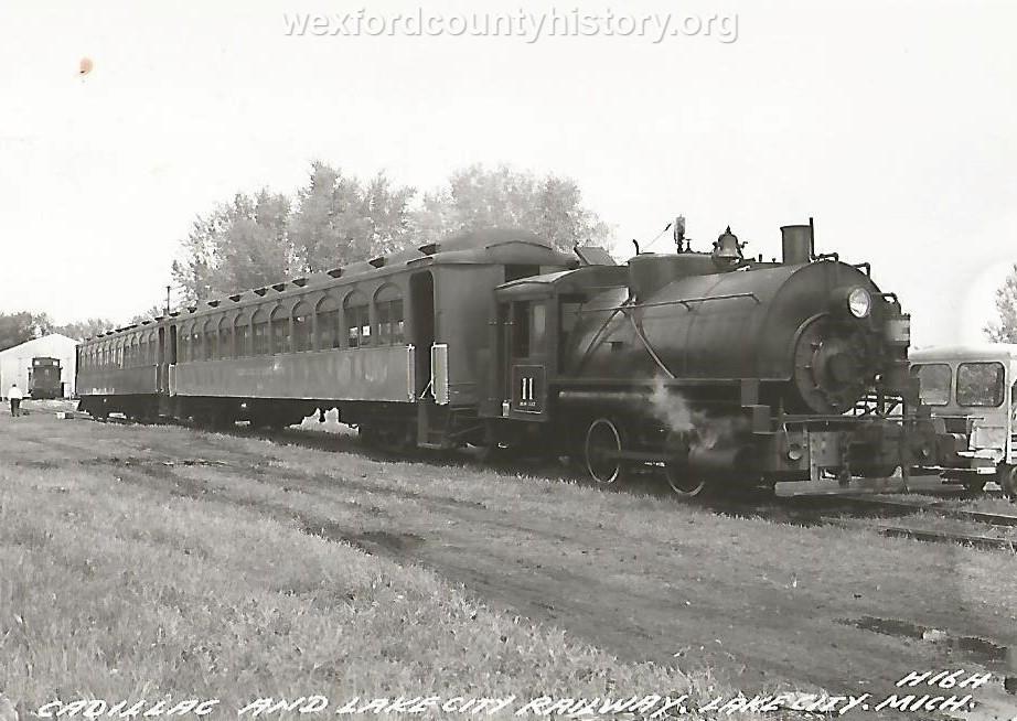 Cadillac-Railroad-Misc-Railroad-Scene-4