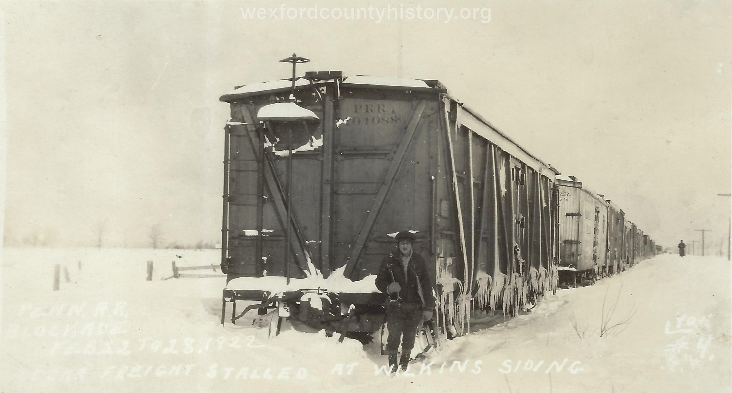 Cadillac-Railroad-Pennylvania-Railroad-In-The-Winter-3
