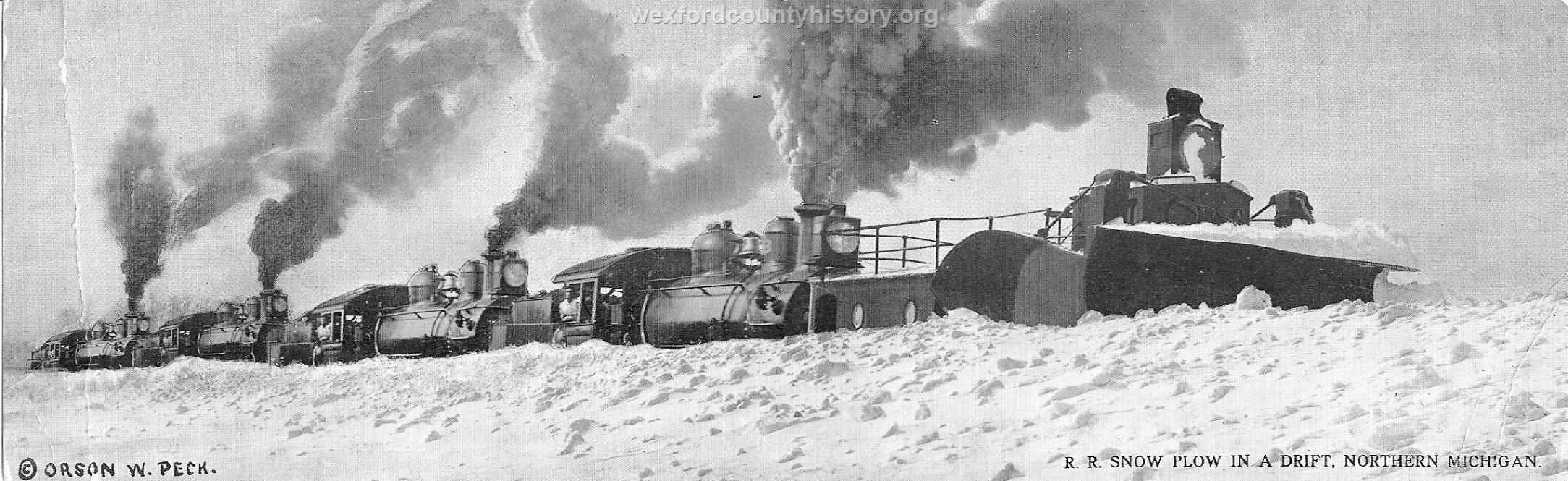 Cadillac-Railroad-Removing-snow-from-railroad-tracks