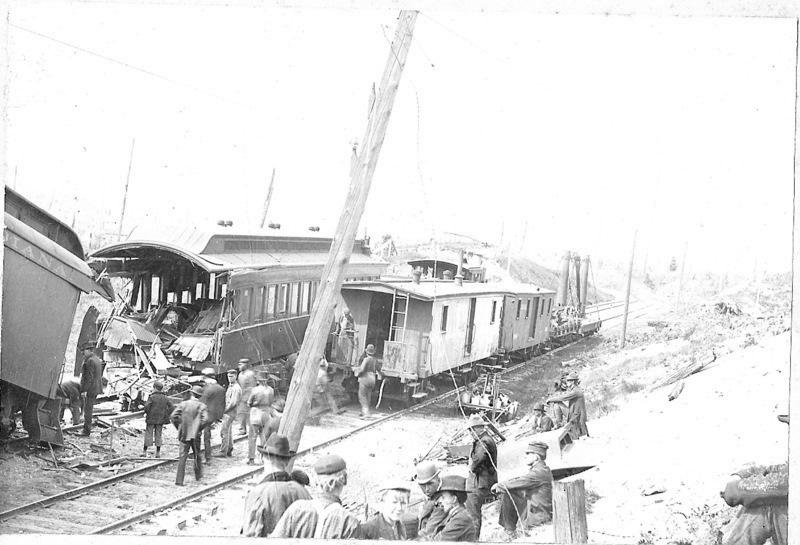 G. R. & I. Train Wreck, 1901