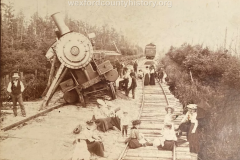 Cadillac-Ann-Arbor-Excursion-Trainwreck-1902.08.03-taken-by-Mesick-Photographer-Hodgins