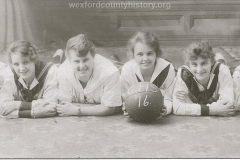 Cadillac-Sports-1916-CHS-Girls-Basketball-Team-RS2ts11110