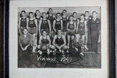 Cadillac-Sports-1949-CHS-Vikings-Basketball-Team