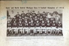 Cadillac-Sports-Cadillac-High-Shool-1950-Football-Team-2