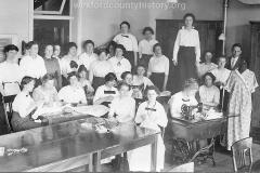 Cadillac-School-1914-Wexford-Normal-School-Class