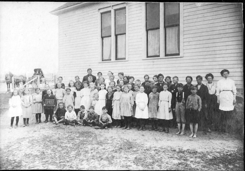 School Group in 1910