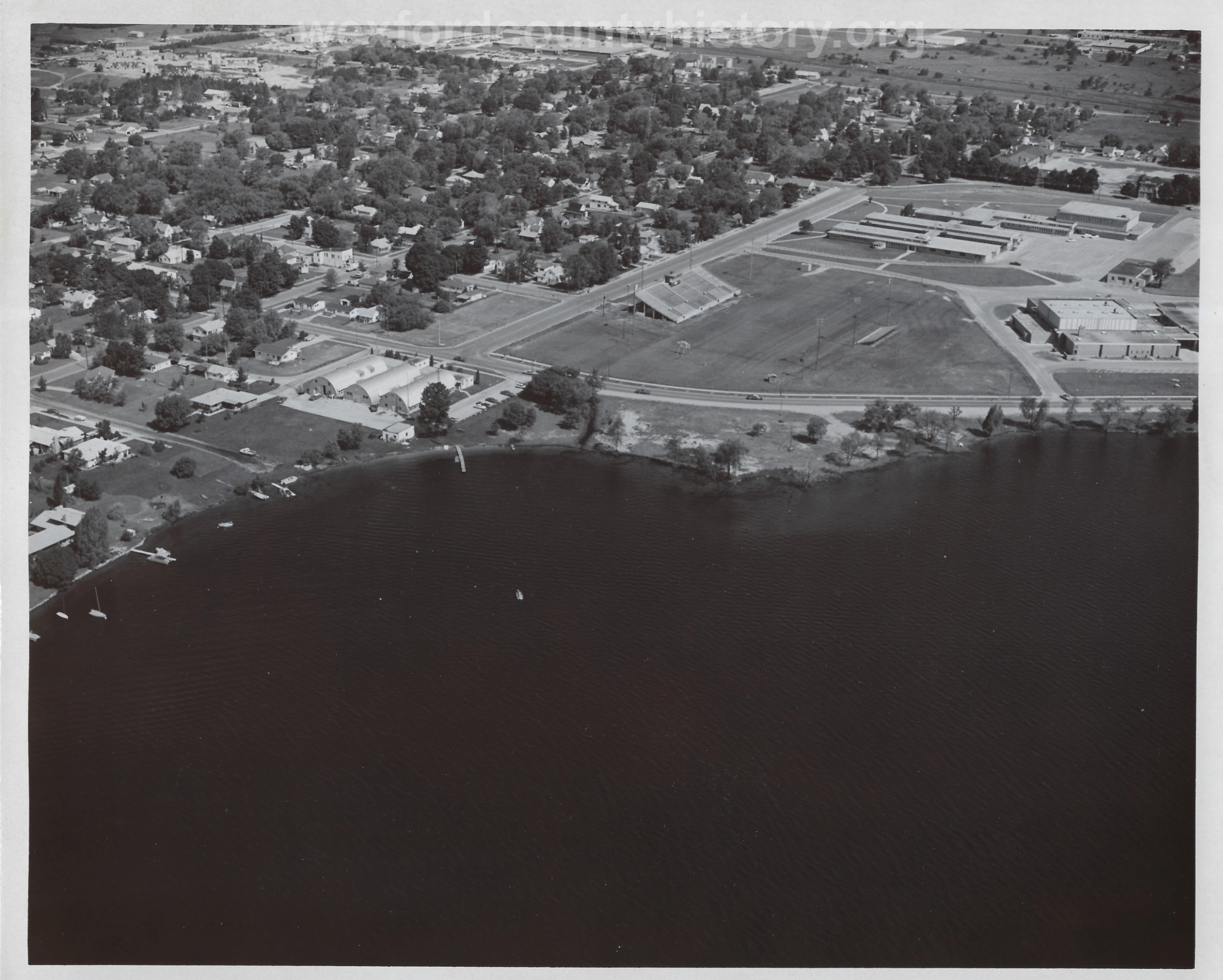 Veteran's Stadium, Naval Reserve, High School