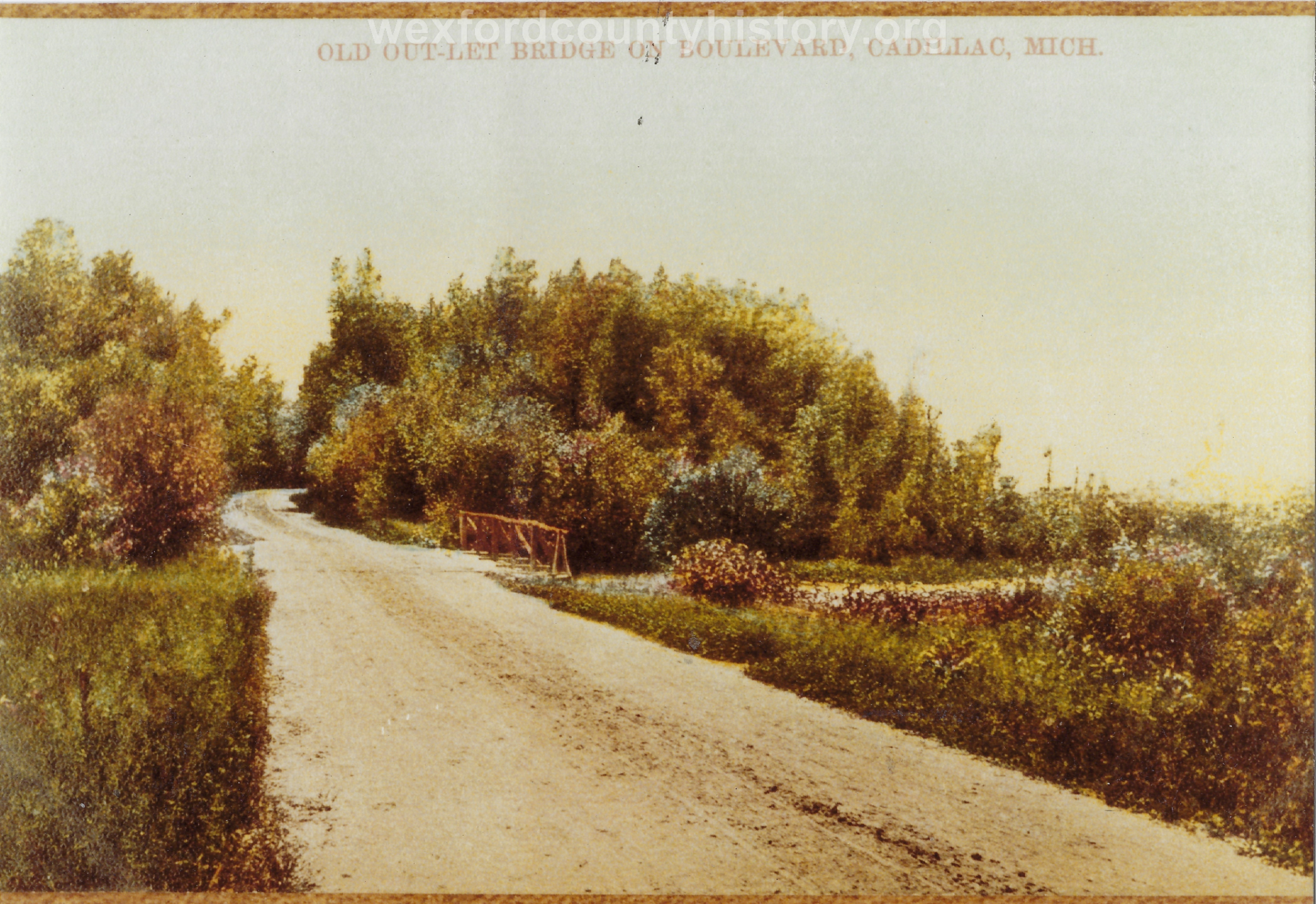 Cadillac-Recreation-Old-Outlet-Bridge-The-North-Boulevard-roadway-was-constructed-by-the-Mitchell-family.-This-1907-or-earlier.-photo-was-taken-approaching-the-Black-Creek-5