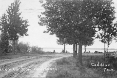 North Boulevard as a Dirt Road, 1909