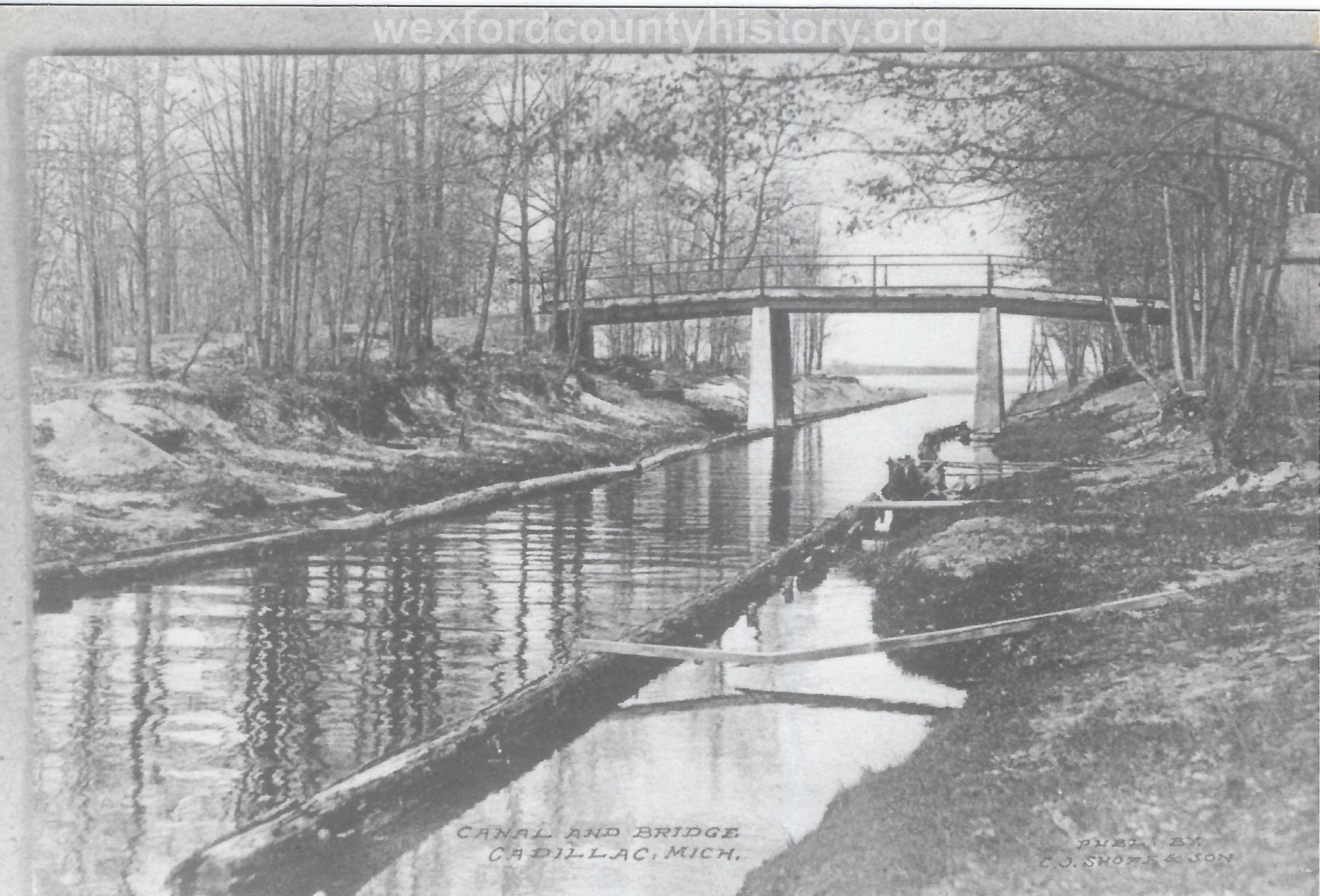 Cadillac-Recreation-The-Canal-25